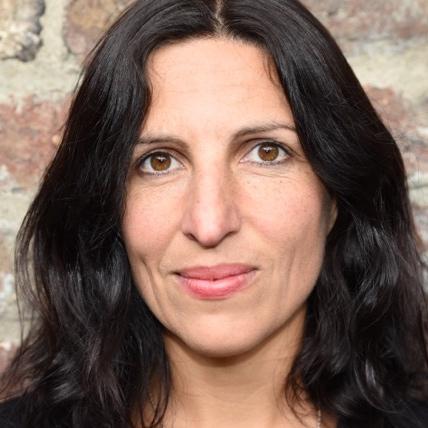 Susan Fararuni